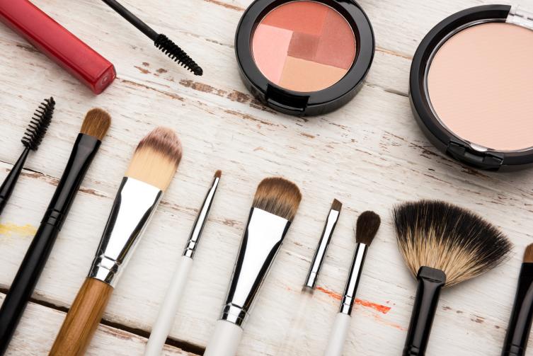 7 идей макияжа для новогодней вечеринки на примере знаменитостей